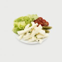 fromage mozzarella à l'huile d'olive basilic